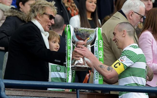 Image for Another Media Embarrassment As Rod Stewart Sets Them Straight On Celtic Ranking.